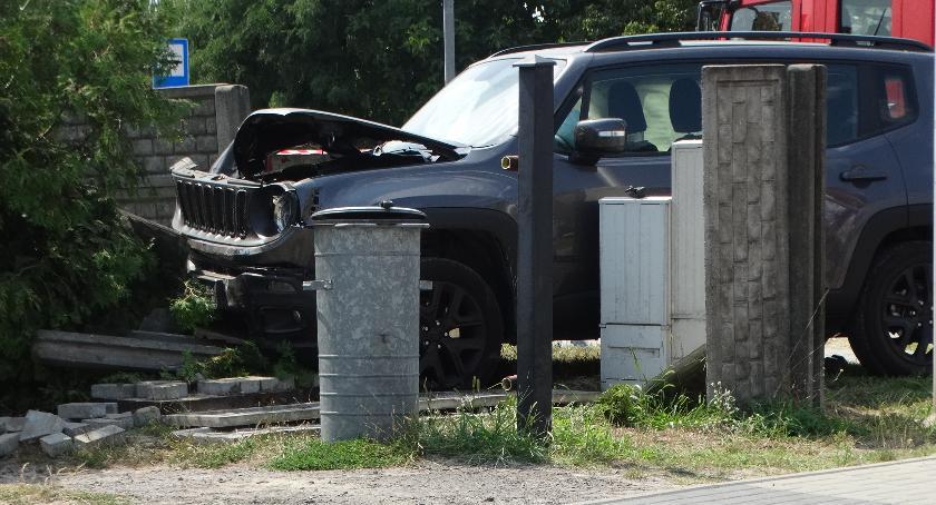 Wypadki drogowe, Zderzenie trzech pojazdów - zdjęcie, fotografia
