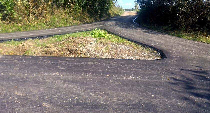 Infrastruktura drogowa, Inwestują drogi gminne - zdjęcie, fotografia