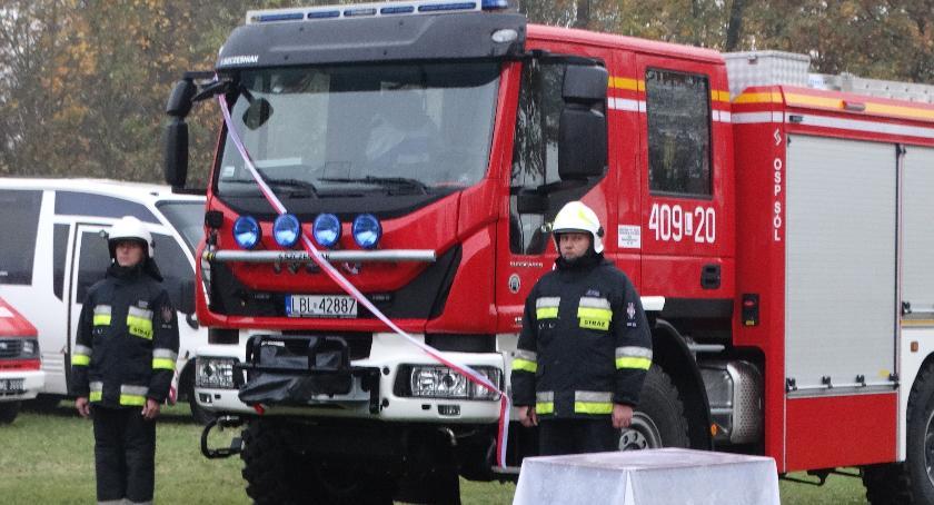 Aktualności, Strażacy mają samochód - zdjęcie, fotografia