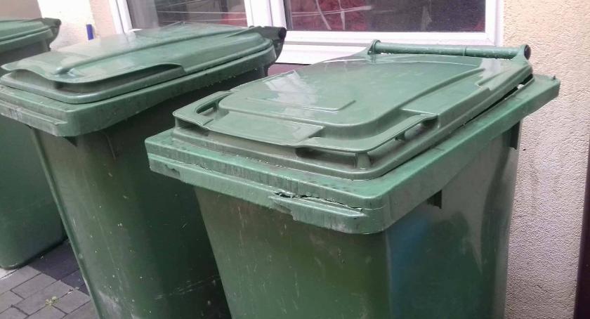 Samorząd lokalny, śmieci pójdzie górę - zdjęcie, fotografia