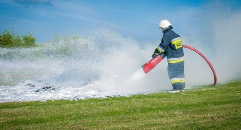 Kronika strażacka, Więcej pożarów poszkodawanych - zdjęcie, fotografia