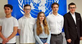 """""""Diamentowe Indeksy AGH"""" dla uczniów ONZ-etu"""