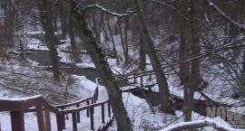 Czartowe pole w zimowej scenerii (VIDEO)
