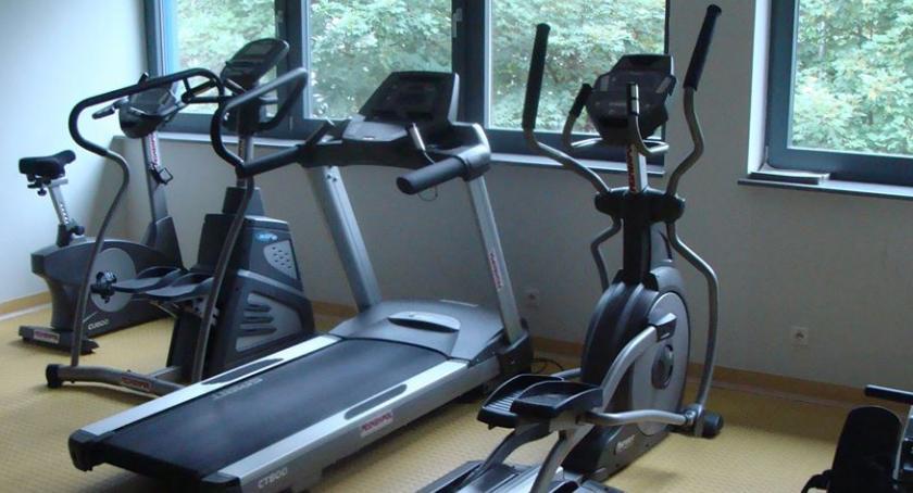 JAK TEMU ZARADZIĆ, Pozytywne aspekty ćwiczeń siłowni - zdjęcie, fotografia