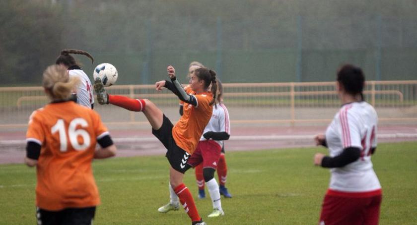 sport, Królewscy wygrywają - zdjęcie, fotografia