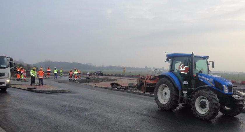 SPOŁECZNE, Miejski Zarząd Dróg całkowicie zamyka przejazd Bielską - zdjęcie, fotografia