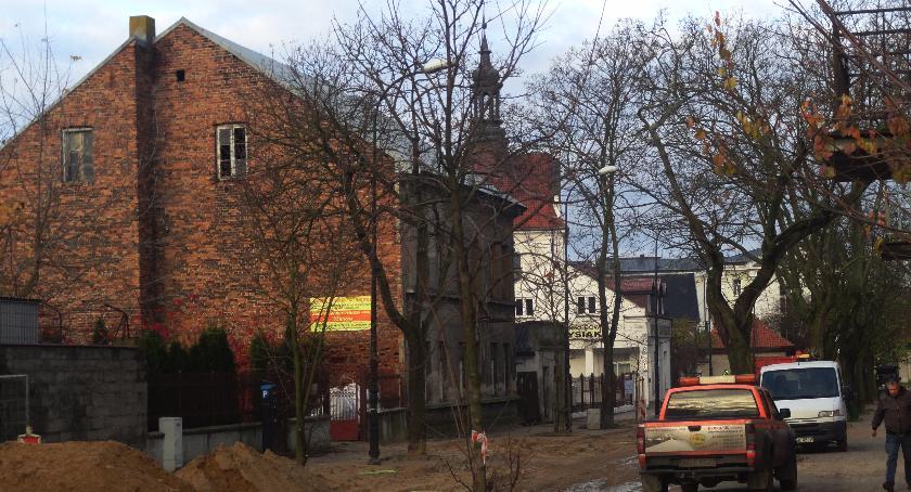 SPOŁECZNE, Ulica Ostatnia remoncie - zdjęcie, fotografia