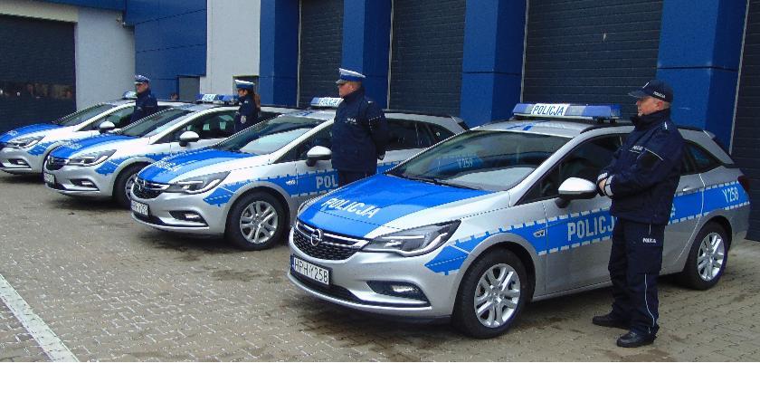 SPOŁECZNE, pojazdy płockiej policji - zdjęcie, fotografia