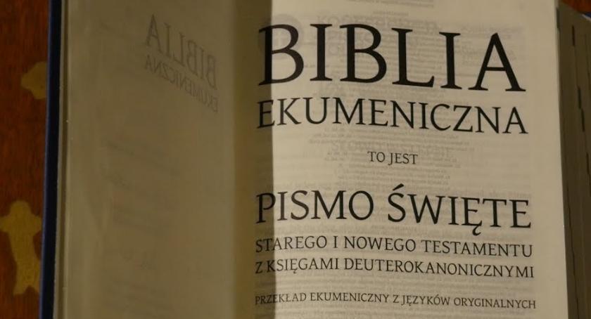 SPOŁECZNE, Biblia ekumeniczna refleksja - zdjęcie, fotografia
