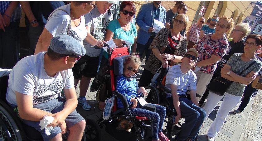 SPOŁECZNE, Solidarni rodzinami niepełnosprawnych Sejmie - zdjęcie, fotografia