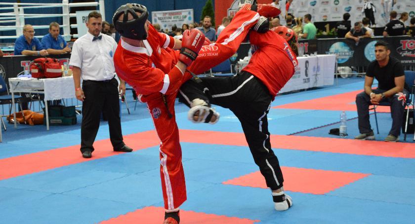 sport, medale płocczanina Pucharze Świata kickboxingu - zdjęcie, fotografia