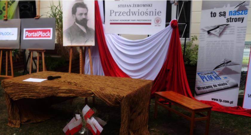 WIADOMOŚCI, Narodowe czytanie Przedwiośnie Stefana Żeromskiego - zdjęcie, fotografia
