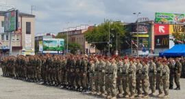 Przysięga żołnierzy na Nowym Rynku