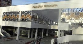 Był dołek jest Galeria Miodowa