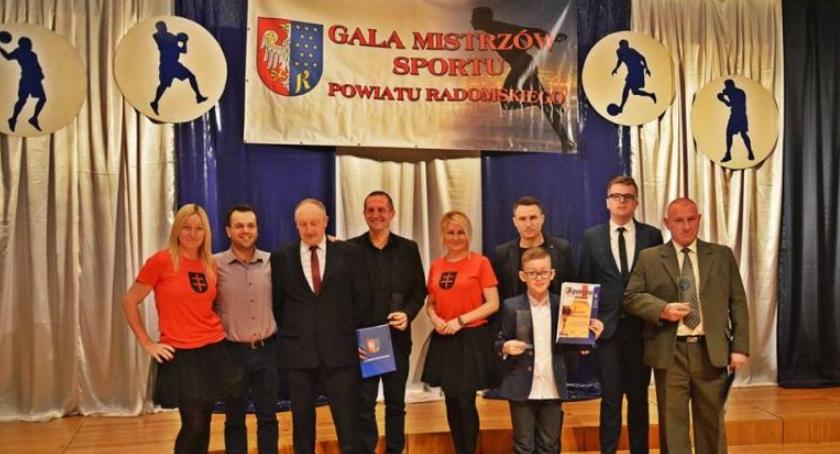 Sport, Skaryszewiacy wyróżnieni Mistrzów Sportu Powiatu Radomskiego - zdjęcie, fotografia