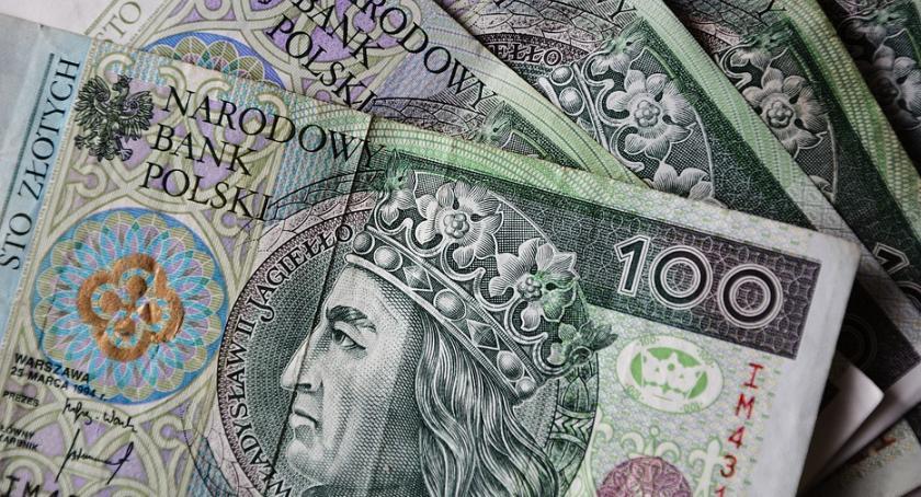 Kronika kryminalna, Mieszkaniec Skaryszewa chciał wyłudzić tysięcy złotych kredytu - zdjęcie, fotografia