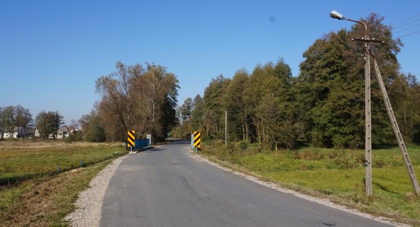 Inwestycje, Droga łącząca Wólkę Twarogową Niwę Odechowską została wyremontowana - zdjęcie, fotografia