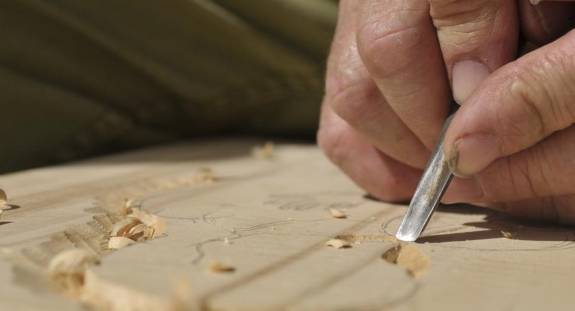 Aktualności, Świąteczne warsztaty rzeźbiarskie - zdjęcie, fotografia