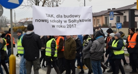 Wieloletnie starania mieszkańców Sołtykowa o budowę nowej szkoły. [Foto]