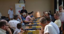 Turniej szachowy z okazji 100-lecia niepodległości i 74. rocznicy Powstania Warszawskiego