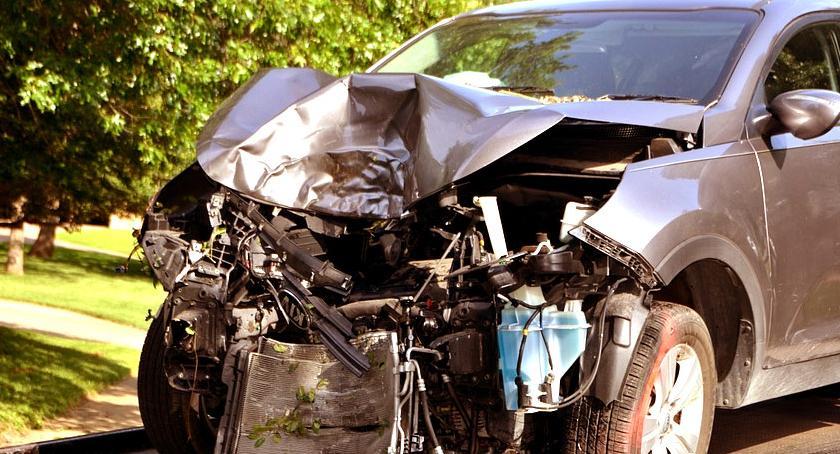 Porady i ciekawostki, Ubezpieczenia samochodu unikać podwyżek - zdjęcie, fotografia