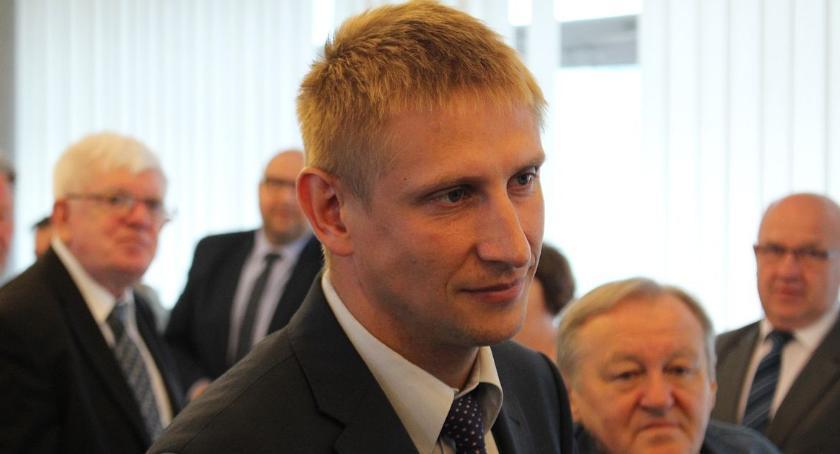 Wywiady, burmistrz Glinojecka Będę wymagał merytorycznej pracy - zdjęcie, fotografia