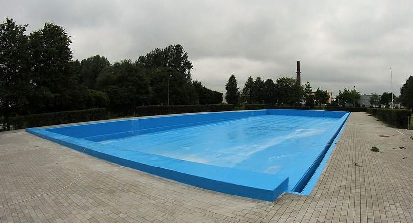 Pływanie, weekend otwarcie basenu odkrytego Ciechanowie - zdjęcie, fotografia