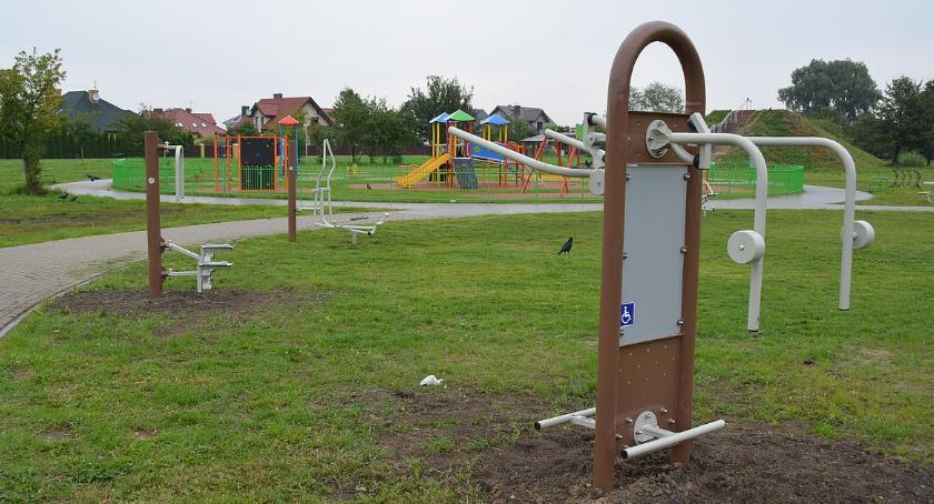 Inne Sporty, Kolejne urządzenia nowym miejscu aktywnej rekreacji - zdjęcie, fotografia