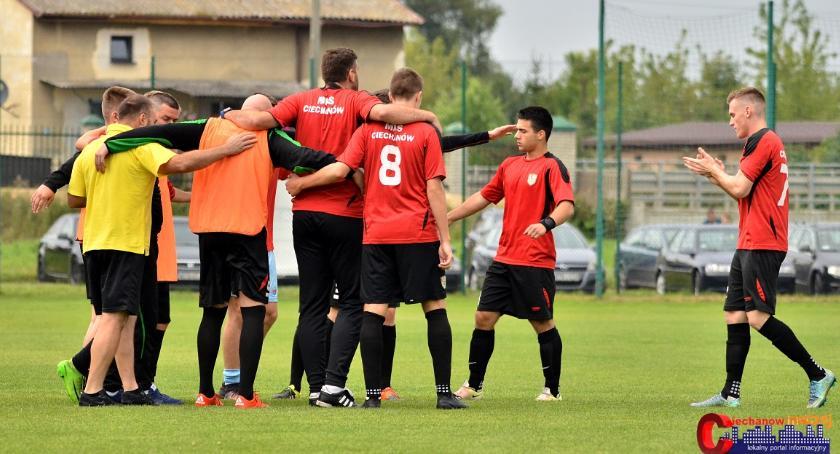Piłka Nożna, przywiózł punkt Wołomina sobotę zagra Drukarzem - zdjęcie, fotografia
