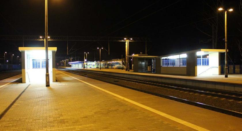 Komunikacja Publiczna, Działa całodobowa infolinia kolejowa - zdjęcie, fotografia