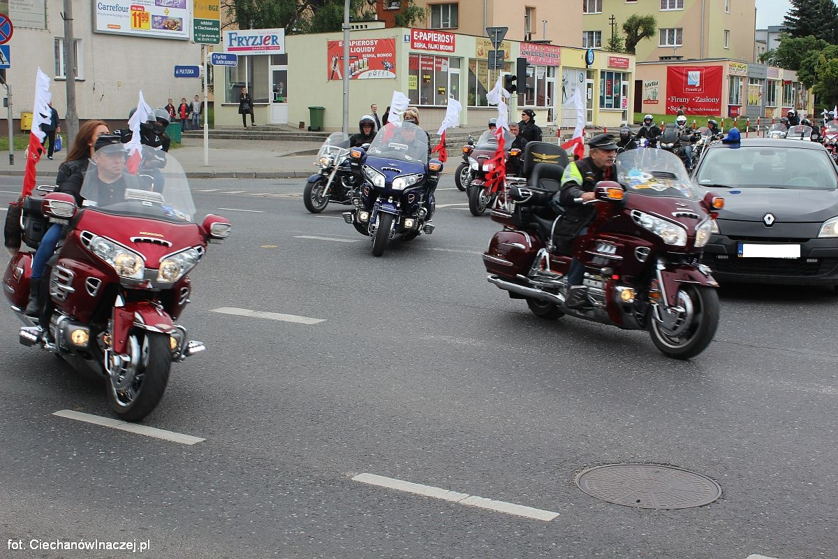 Motocykliści Otworzyli Sezon W Ciechanowie Wideo Plus Zdjęcia