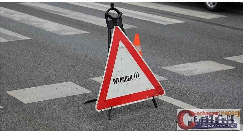 Wypadki drogowe, ostatniej chwili Zderzenie dwóch pętli miejskiej - zdjęcie, fotografia
