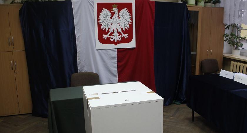Samorząd, Radni mazowieckiego przeciwni zmianom kodeksie wyborczym - zdjęcie, fotografia