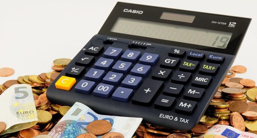 Ekonomia, wybrać najlepsze konto bankowe firmy - zdjęcie, fotografia