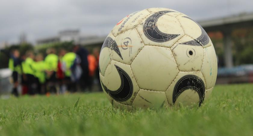 Piłka Nożna, Ciechanów zremisował sparingu sobotę zmierzy Wkrą - zdjęcie, fotografia