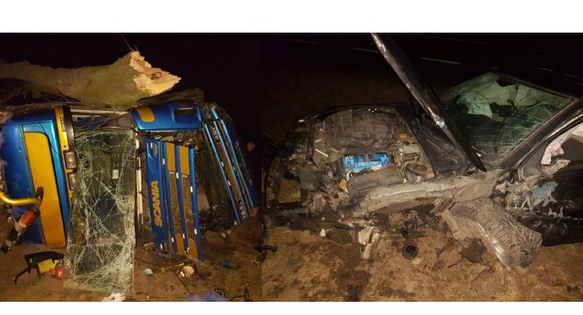 Wypadki drogowe, tragedii Nastolatek zasnął kierownicą jechał czołówkę tirem (zdjęcia) - zdjęcie, fotografia