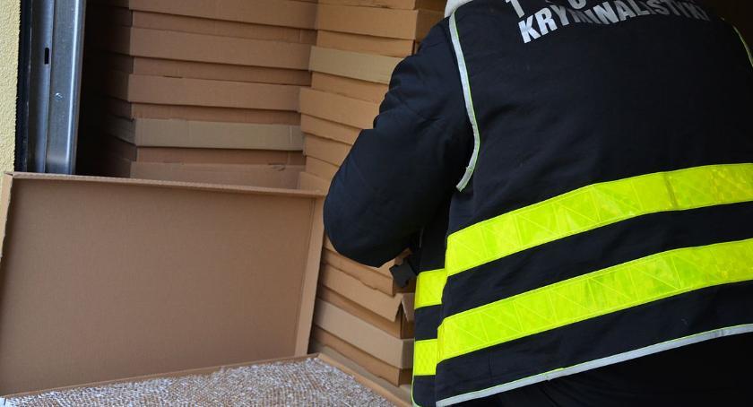 Sprawy kryminale , Przejęli kontrabandę wartą ponad tysięcy złotych - zdjęcie, fotografia