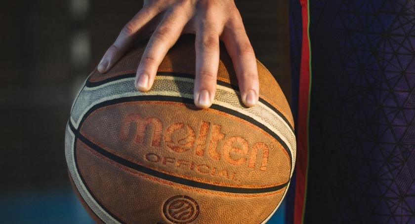 Koszykówka, Cenna wygrana MOSiR Ciechanów Squad - zdjęcie, fotografia