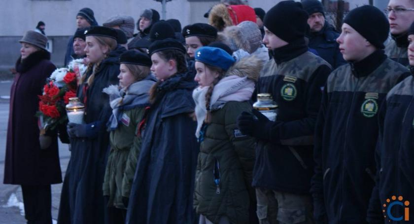Rocznice, Ciechanowie odbyły obchody Narodowego Pamięci Żołnierzy Wyklętych [zdjęcia] - zdjęcie, fotografia