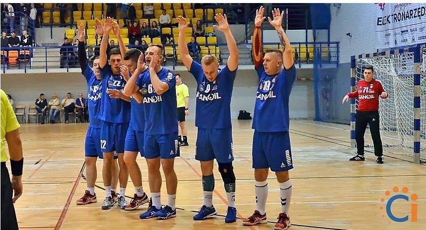 Piłka Ręczna, Jurand ograł Pabiks pewnie kroczy awans - zdjęcie, fotografia