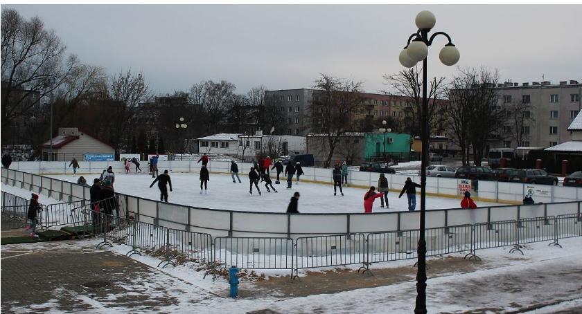 Inne Sporty, lodowiska Ciechanowie możecie korzystać darmo! - zdjęcie, fotografia