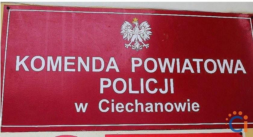 Kronika kryminalna, Uwaga! Ciechanowie znaleziono portmonetkę pieniędzmi Policja szuka właściciela - zdjęcie, fotografia