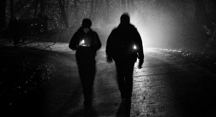 Kościół, Nocą milczeniu Mieszkańcy ciechanowskiego przejdą kilkadziesiąt kilometrów - zdjęcie, fotografia