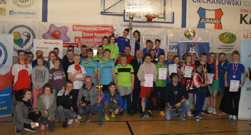 Inne Sporty, Tenisiści stołowi szkół specjalnych dziesiąty rywalizowali Ciechanowie [zdjęcia] - zdjęcie, fotografia