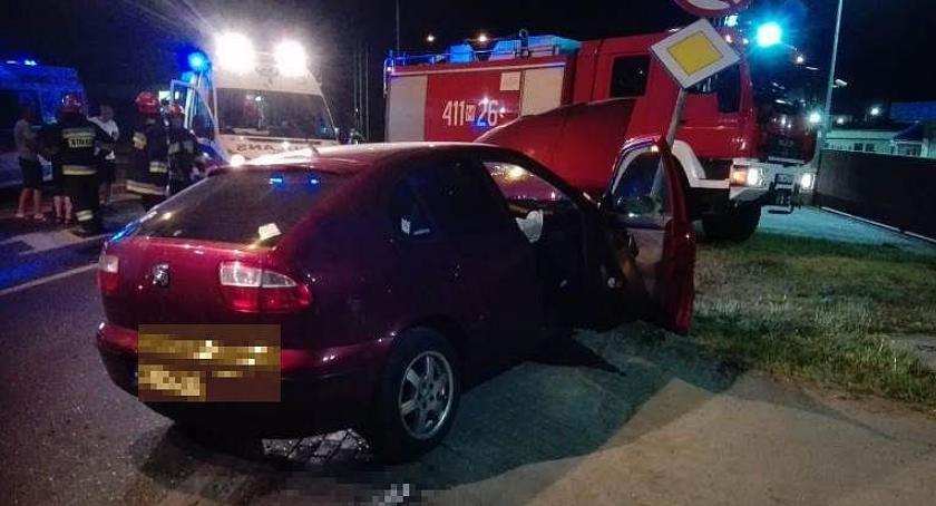 Wypadki drogowe, Zderzenie osobówek Mleczarskiej Ciechanowie [zdjęcia] - zdjęcie, fotografia