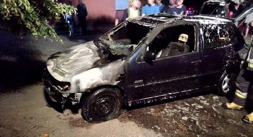 Pożary, Sońsku spłonął samochód [zdjęcia] - zdjęcie, fotografia