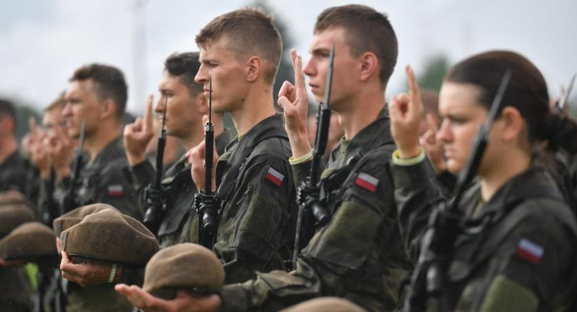 Wojsko, Kolejni żołnierze powiatu ciechanowskiego złożyli przysięgę [zdjęcia] - zdjęcie, fotografia