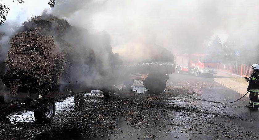 Pożary, Płonęły przyczepy rolnicze [zdjęcia] - zdjęcie, fotografia