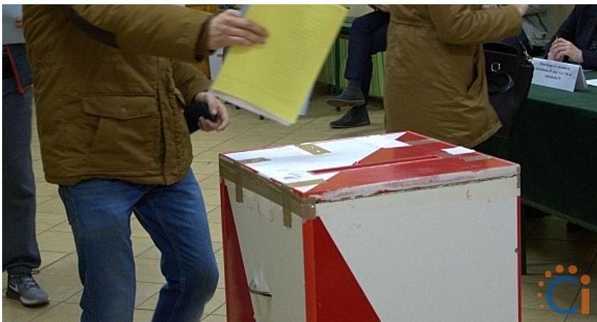 Wybory, Kandydaci wójta radnych gminie Grudusk - zdjęcie, fotografia