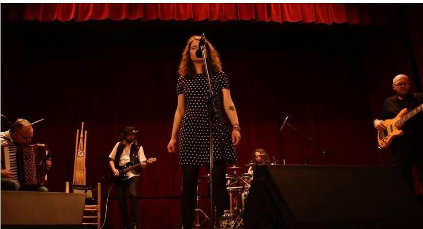 Koncerty, Fryzjerką promuje nową płytę Zgrzycie - zdjęcie, fotografia